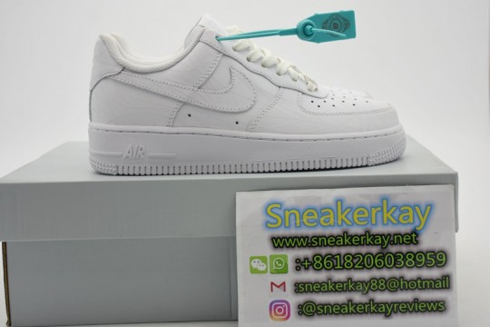 AIR FORCE 1 LOW/SUPERME